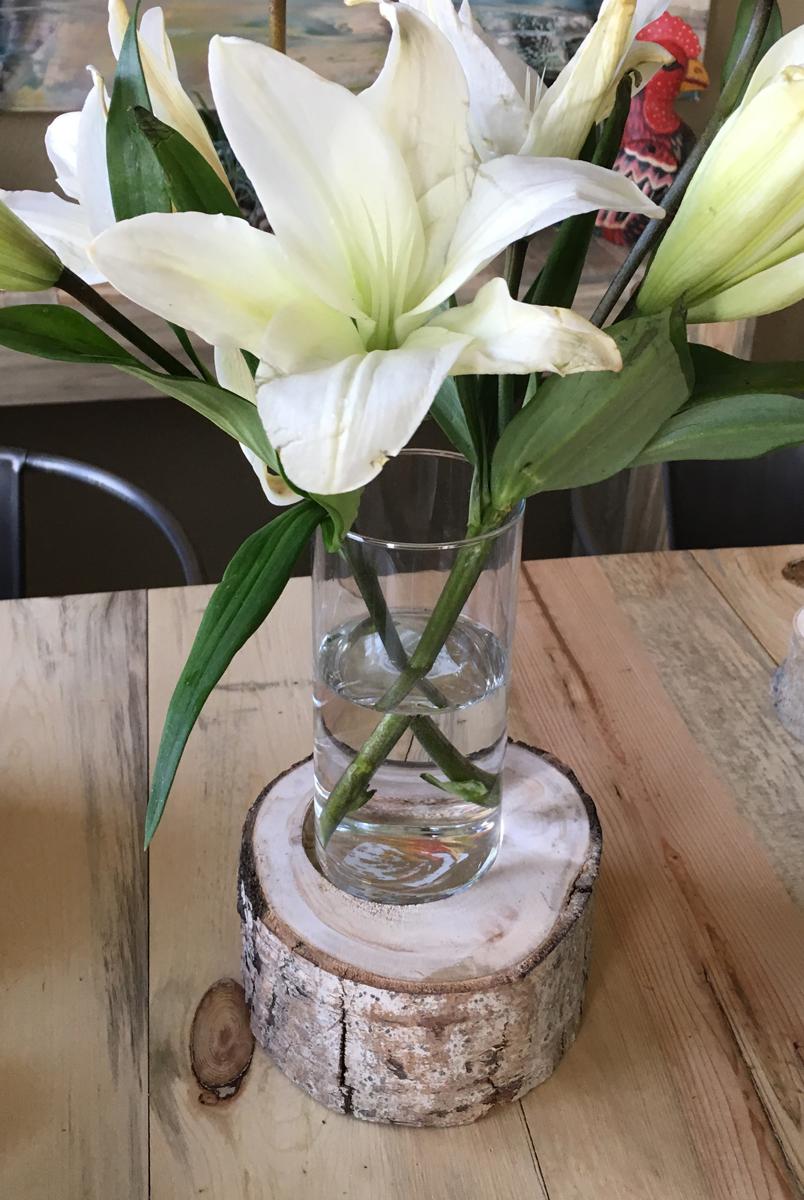 Aspen vase holder - $25