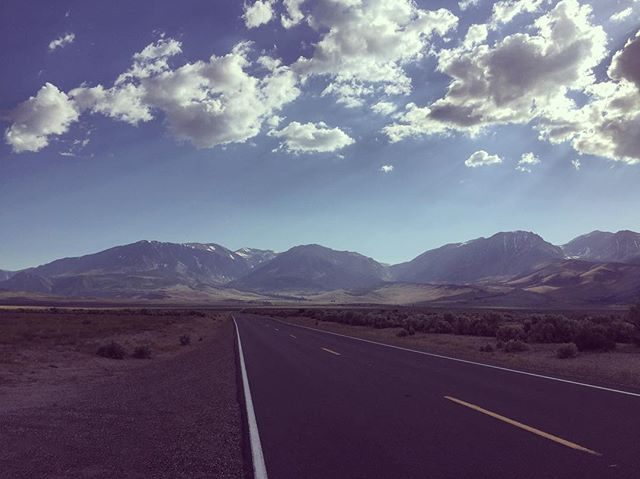 An open road in Cali.  Summer 2016  #leevining #california #stateroute #120 #openroad #bigsky #sunrays #roadtrip #tiogapass #summer2016 #landscape #iphoneography
