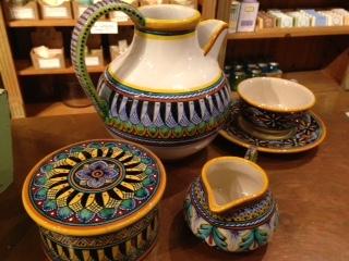 deruta pottery.jpg