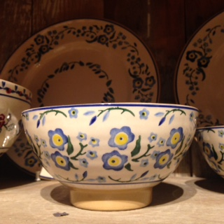 forget me not bowl.jpg