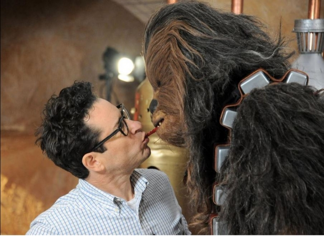 film-director-j-j-abrams-doing-the-twizzler-challenge-with-star-wars-the-force-awakens-character-chewbacca.jpg