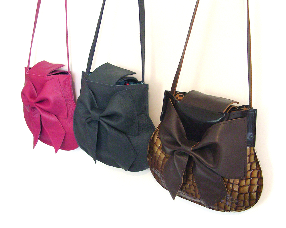bow+pouches.jpg