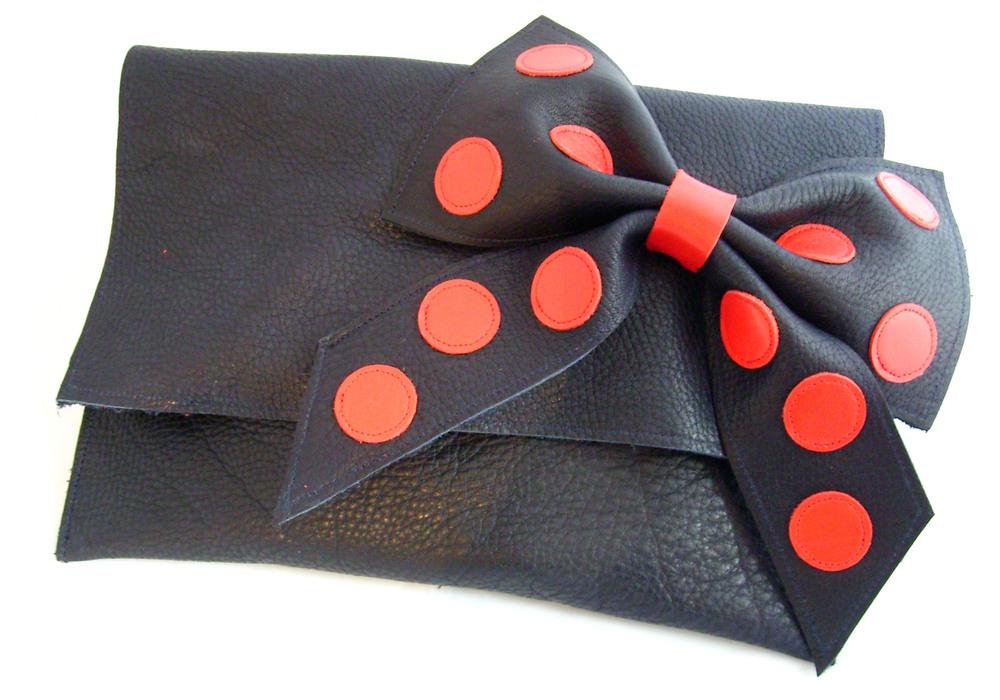 spotty+bow.jpg