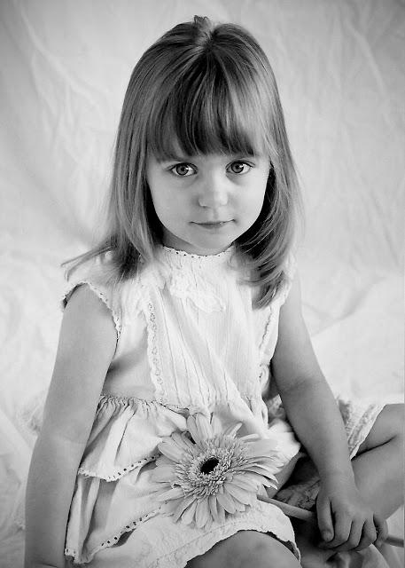 Hannah-2-with+flower.jpg