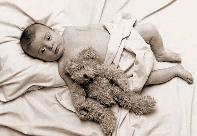 Gabriel-newborn.jpg