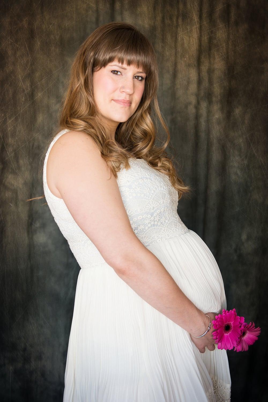 calgary maternity portrait photographer