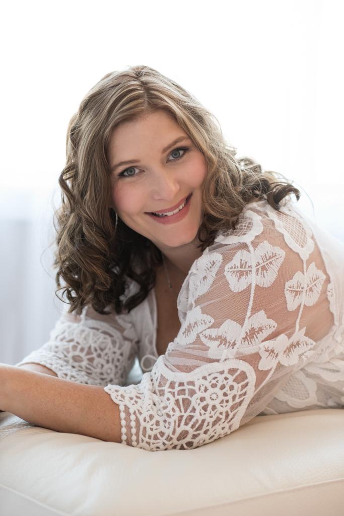 calgary womens glamour portrait photographer