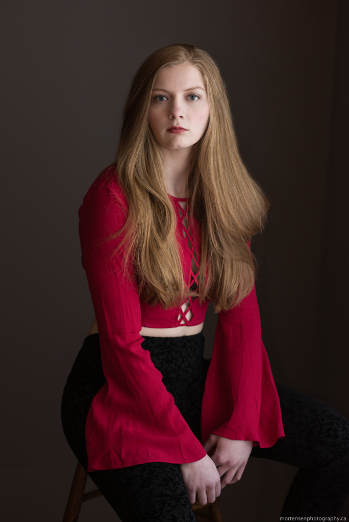 calgary women's glamour portrait photographer rebecca lappa