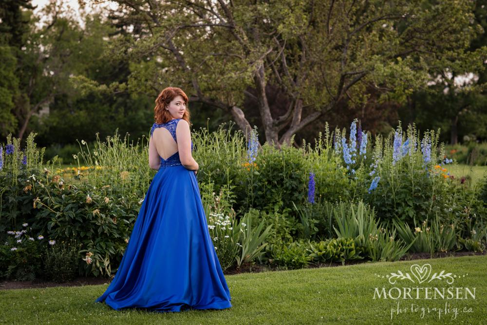 calgary high school grad senior teen graduation portrait photographer