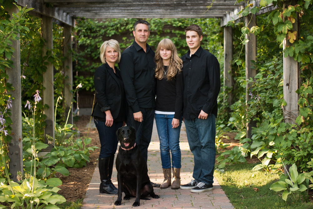 family portrait photographer photography pictures calgary yyc