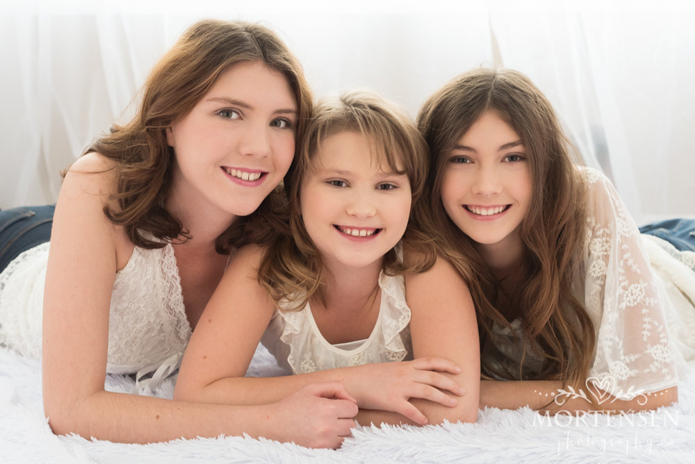 calgary teen portrait photographer yyc family sisters
