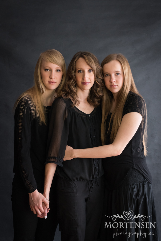 calgary womens portrait photographer mother daughter teens glamour beauty potraits