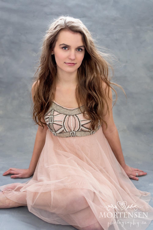 calgary high school senior teen graduation portrait photographer yyc glamour beauty photography