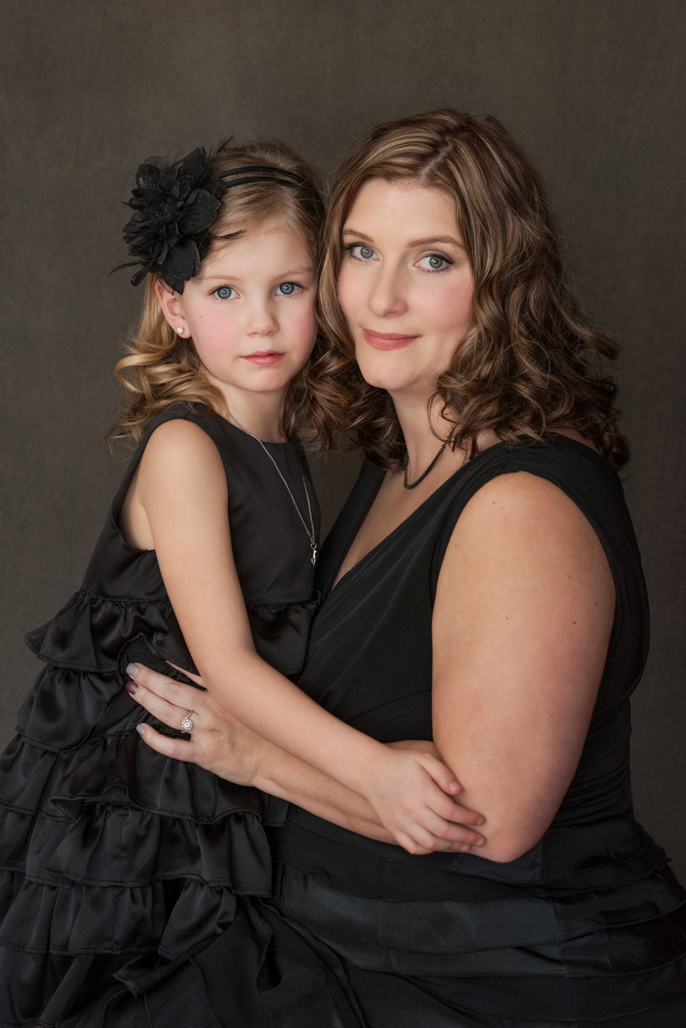 calgary womens family glamour beauty professional portrait photographer yyc mortensen photographyher yyc mortensen photography