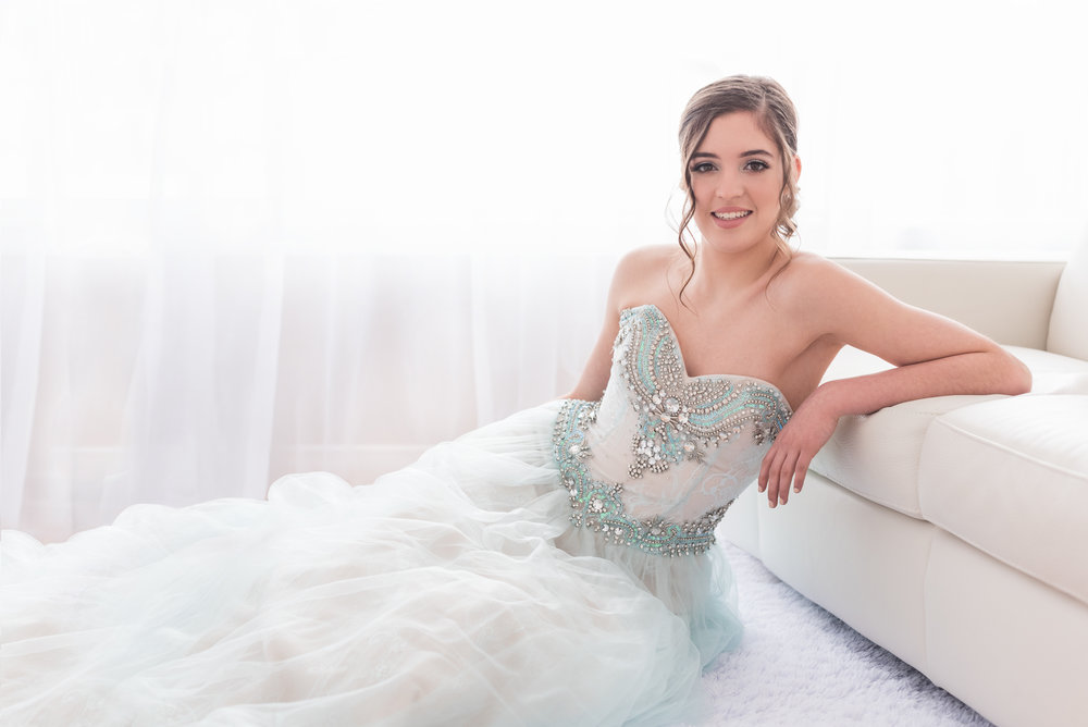 calgary high school senior graduation photographer yyc teen beauty glamour portrait photography