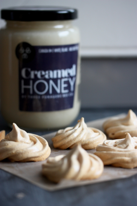 Creamed honey meringues