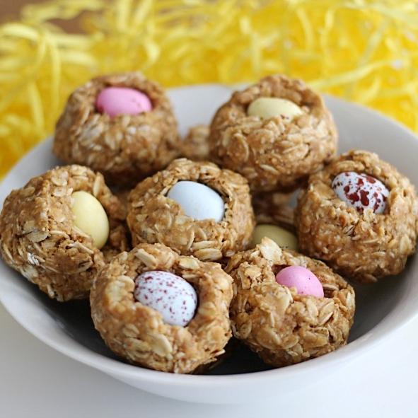 Easter honey granola bars