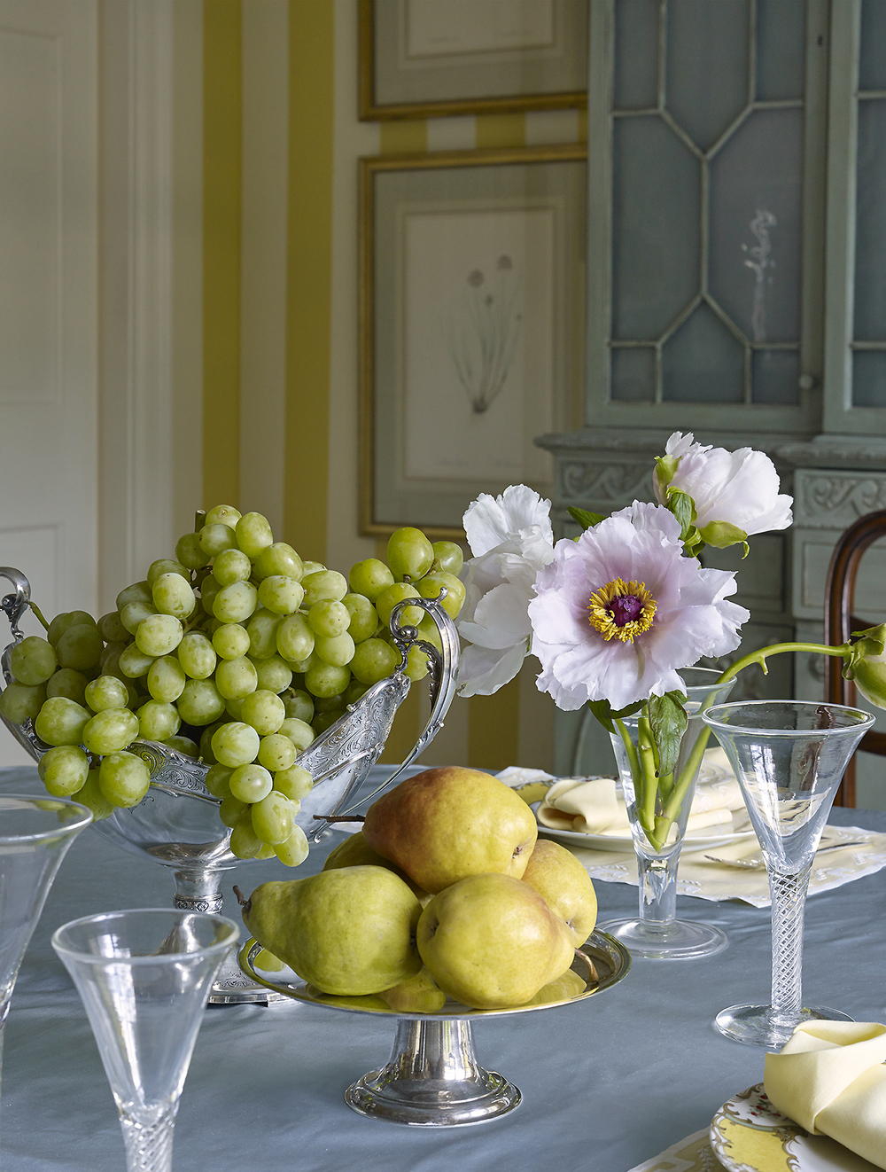 House Beautiful_Miles Redd_Dining Room_2_CROP_photo Peter Murdock.jpg