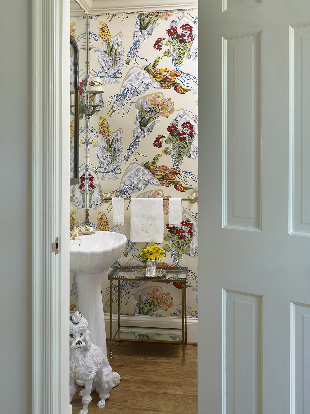 House Beautiful_Miles Redd_Powder Room_photo Peter Murdock.jpg