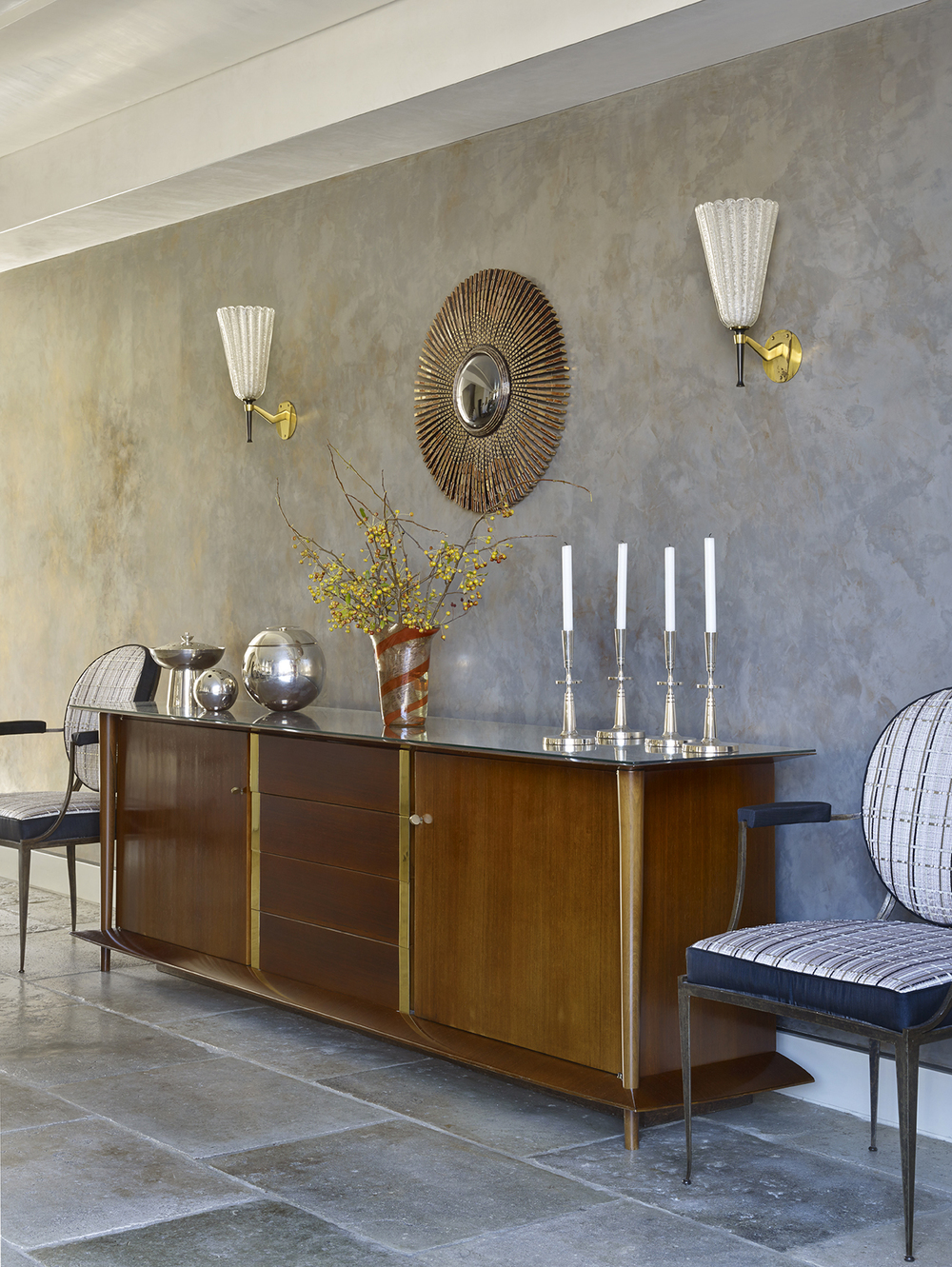 LUXE_121 W21_Dining Room_3_Sideboard_photo Peter Murdock.jpg