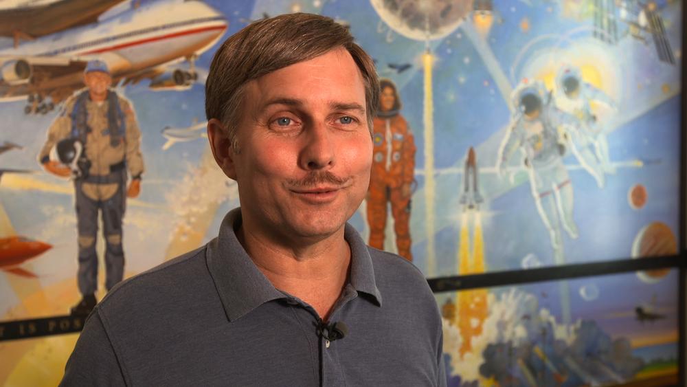 Aerospace Historian Peter Merlin