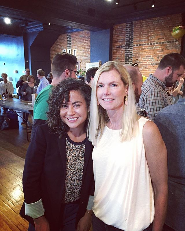 A wonderful night at the #besaforbellies event with the lovely @janyourcoach!  Big ups to Matt, the @givebesa team, and all of the #MasterBelly cook off participants for a fantastic job! #fullbellies #lifeincbus