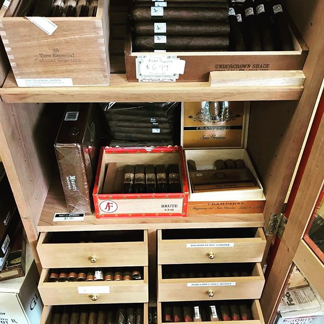 Happy Friday, Pigs! Swing by to get stocked up for the weekend. We're freshly reloaded with a bunch of cold craft beer for the hot days, and we've restocked the humidor full of great sticks. Here are also some sleepers on the whiskey aisle this weekend. Swing by to see Aaron Walker and let us get you ready for the pool. Cheers!  #liquor #liquorstore #whiskey #beer #coldbeer #weekenddrinking #cigar #cigarsandwhiskey #cigarsandbeer #houstontx  #followtheblindpig