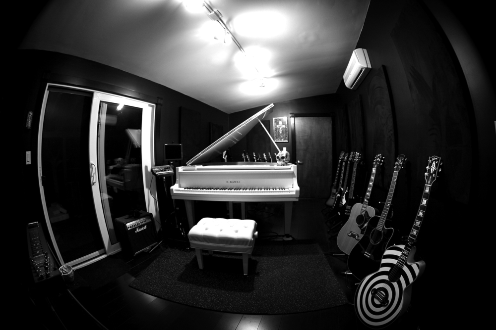 bunker-piano-room.jpg