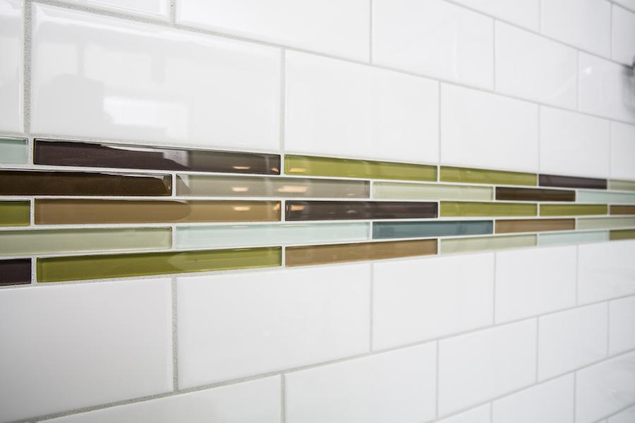 Minneapolis-St.Paul_Bathroom-Remodel-Color-Tile_Metamorphosis.jpg