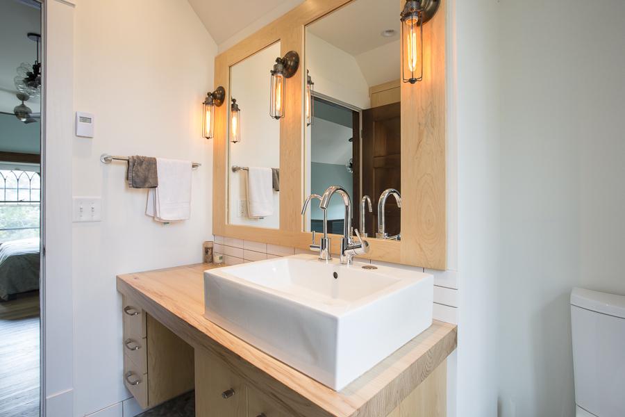 Minneapolis-St.Paul-Bathroom-Remodel-Light-Wood-Filament-Light_Metamorphosis.jpg