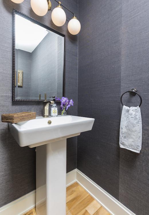 Minneapolis-St.Paul_Guest-Bathroom-Remodel-Grey-Walls_Metamorphosis.jpg