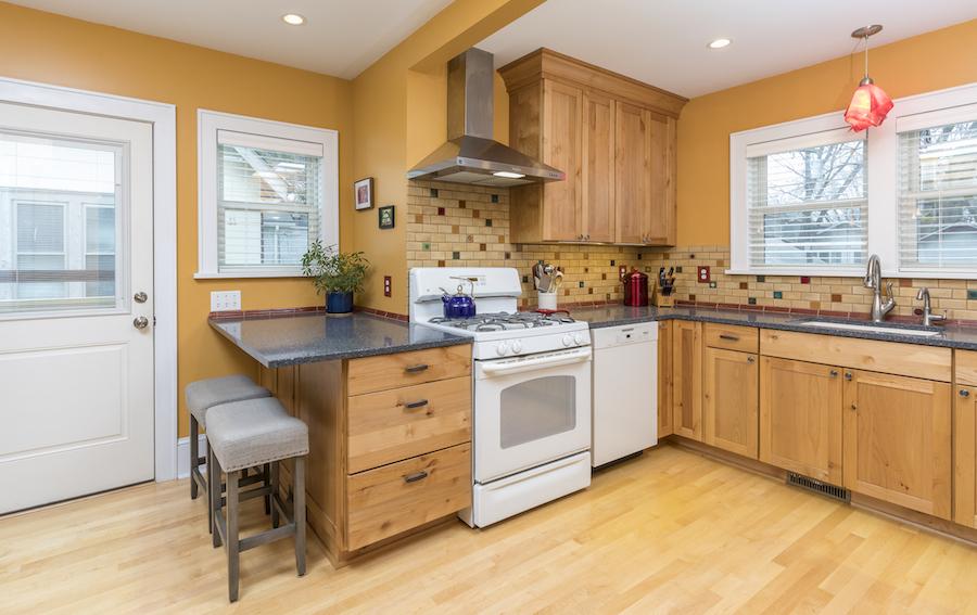Minneapolis-St.Paul_Kitchen-Remodel_Golden_Cabinets_Metamorphosis.jpg