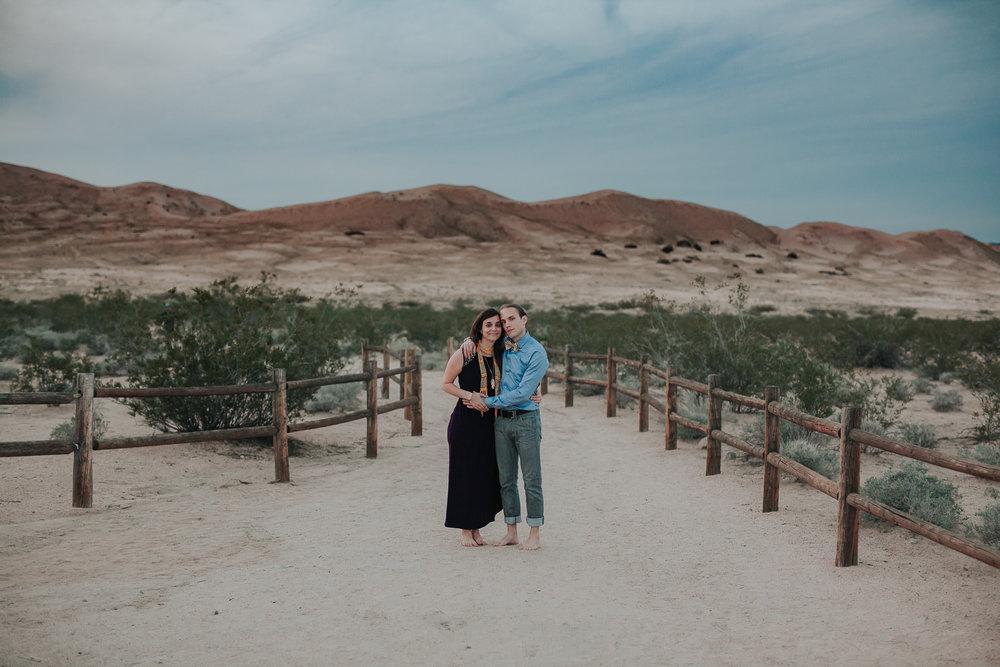 brandy.andrew. kelso sand dunes mojave desert  engagement session-77.jpg