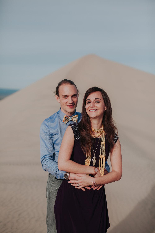 brandy.andrew. kelso sand dunes mojave desert  engagement session-87.jpg