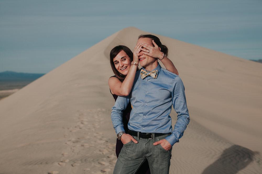 brandy.andrew. kelso sand dunes mojave desert  engagement session-92.jpg