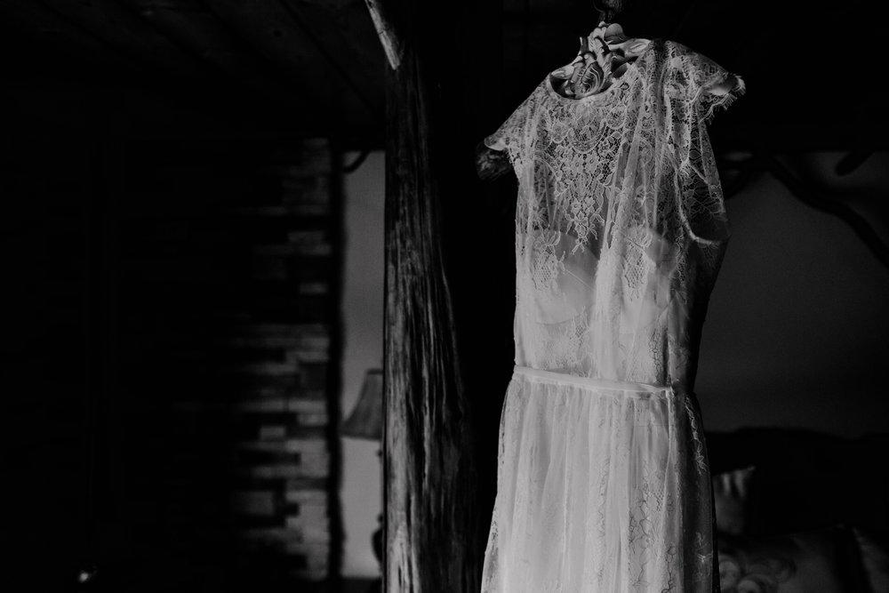 Ariel and Josh Lake Arrowhead Pine Rose Cabins Wedding -7.jpg