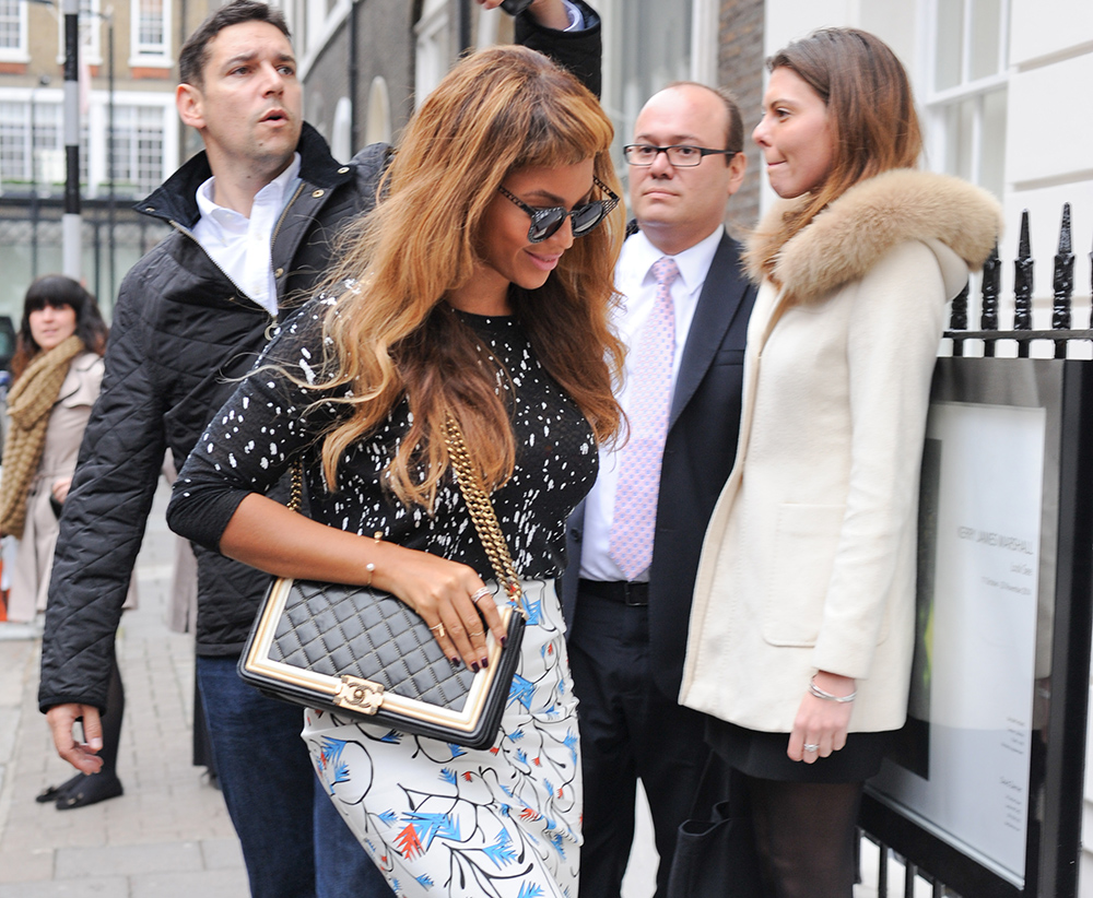 Beyonce image via  www.purseblog.com