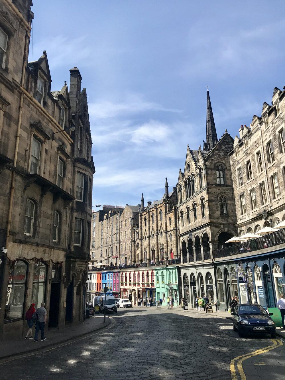 Edinburgh-Victoria-St.jpg