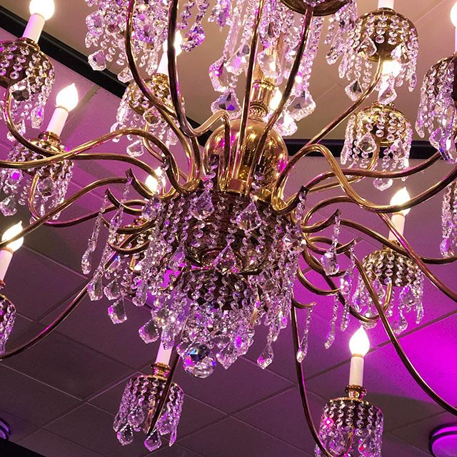 In 24 hours, we will be celebrating the best in the Central Valley at the #CVLUXAwards. Tornino's has been given a #luxlife makeover and we can't wait for you all to see! #CVLUX  Thank you @ashjianlighting for putting brand new crystals on the chandeliers to add a little sparkle to our event ✨