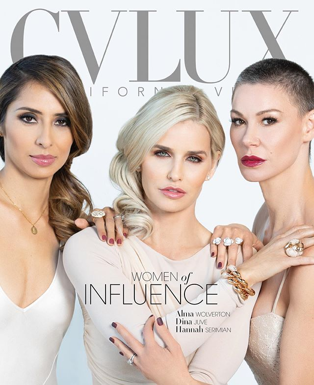 It looks like #christmas came early this year! Check out the latest cover of @cvlux featuring @almawolvertonstylist @dinajuve and @theboxyboss ... and incase one cover isn't enough, you can collect all four! #luxlife #womenofinfluence #boxygirl #fitnesssocial #pumbum #mantra #girlboss @2ndfloorguy @diva_david @cvlux_donna @juanpatricia