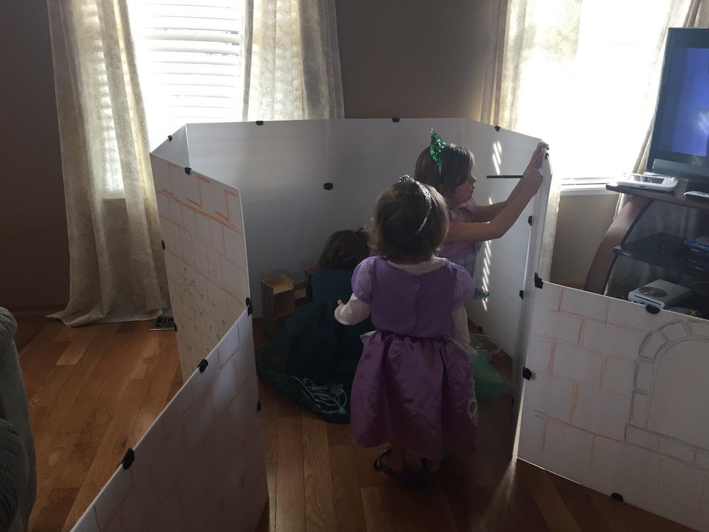 princesses draw on castle.jpg