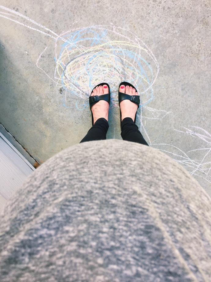 puffy feet at 40 weeks - this little joy