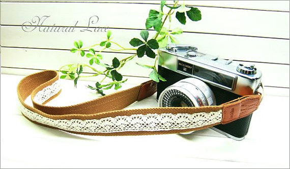 Simple Lace Camera Strap - by Lusikka