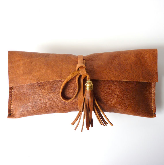 Leoben: Brown Leather Clutch with Tassel