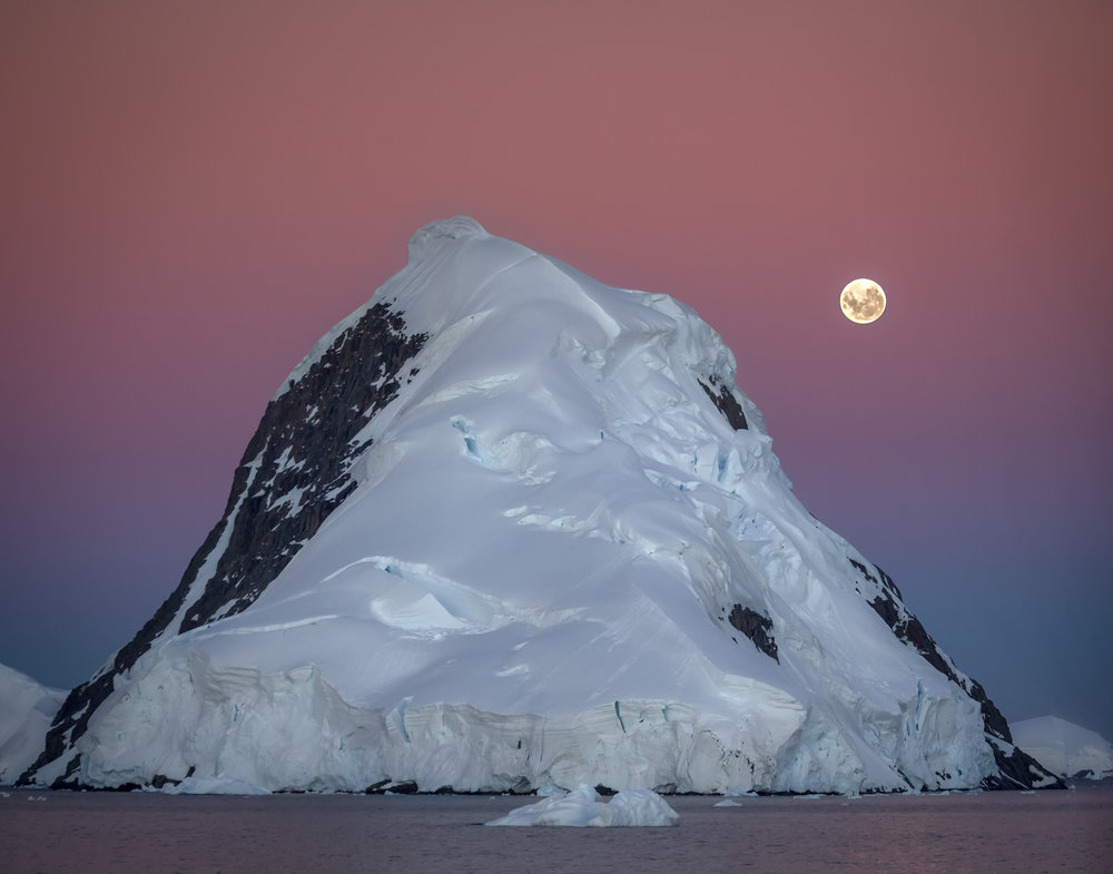 104 Lemaire Channel, Antarctica