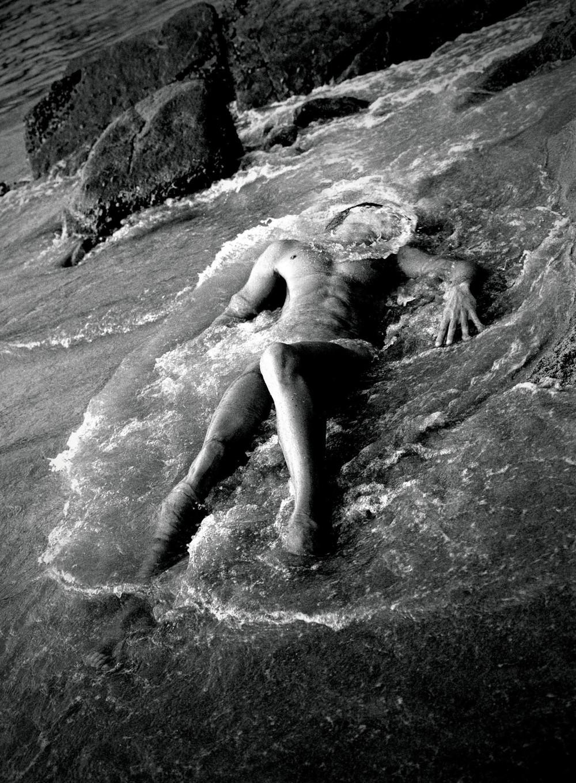 02 Daniel beach nude.jpg