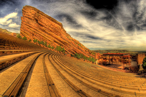 Mandolin Orange will play Red Rocks Amphitheatre on 5/21/17!