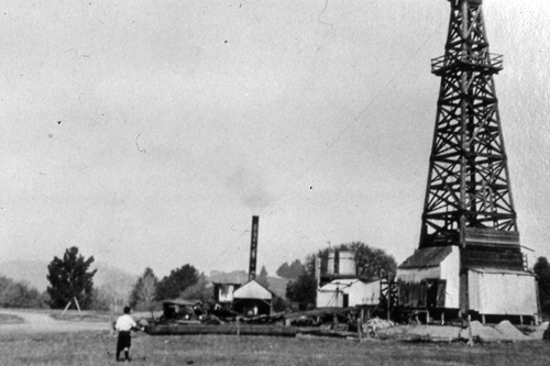 Oil drilling derrick, De Laveaga Park, Santa Cruz, c. 1926. Local subscribers funded an oil-drilling project on public lands that drilled fitfully (with each infusion of investor money) from 1924 through 1927, reaching a final depth of 3,400 feet, finding only traces of oil.