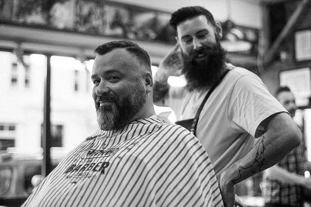"""10% more sexy pose, Hayden"", sa jeg. Dette var alt jeg fikk. 1,5% max. #bergenbarberstue #skjegg #beard #beardsofinstagram #snaisenflais #sony #a7rii #zuiko50mm #bergen"