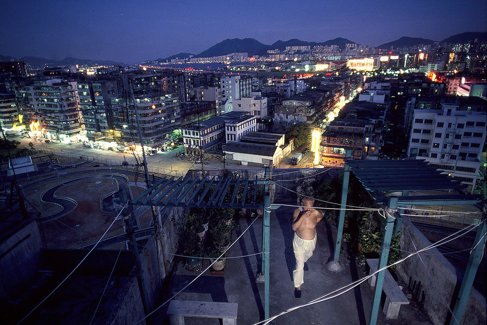 Kowloon Walled City Rooftop (Kai Tak View), 1990